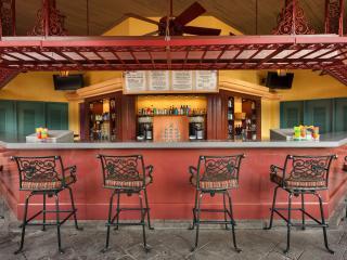 Mardi Grogs Pool Bar