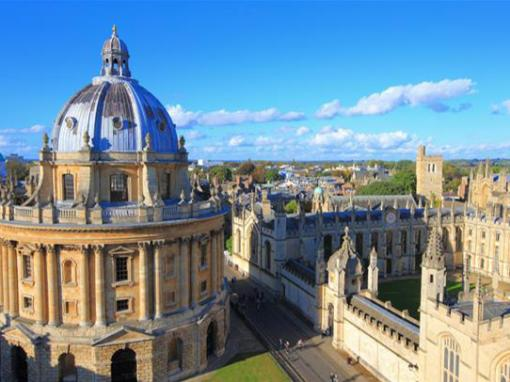 Small Group Tour to Oxford, Stratford and Cotswolds with 2-Course Lunch from London